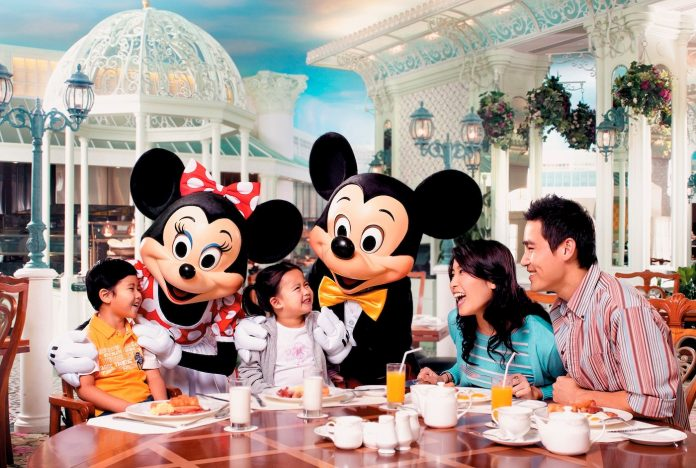 Stay at Hong Kong Disneyland Hotels, and experience the extra birthday magic on your special day filled with one-of-a-kind experiences and incredible birthday surprises!