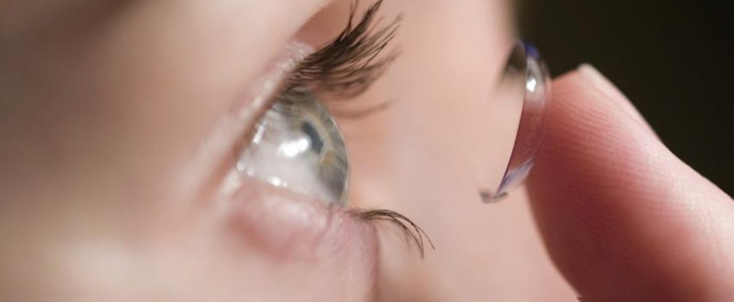 Contact Lens or Eyeglass- Which is More Suitable for You?