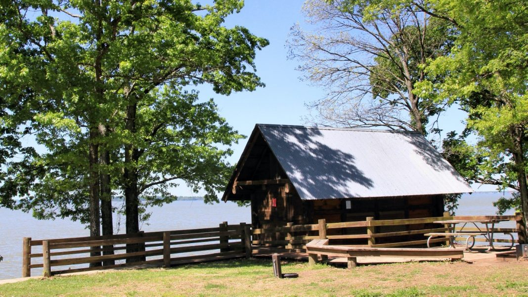 Lake Livingston Camping Offers A Great Diversion