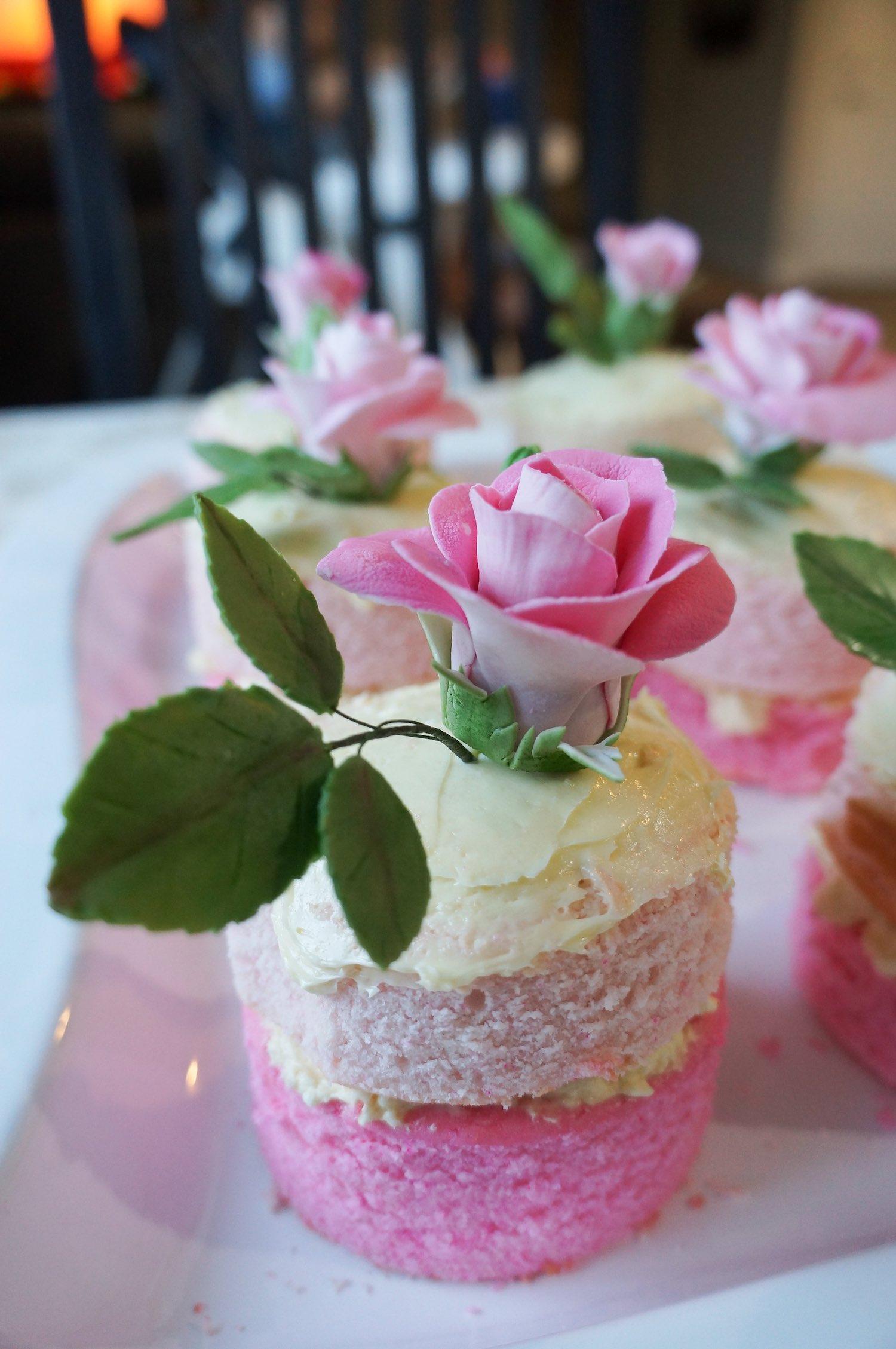Edible Fresh Flowers Cake