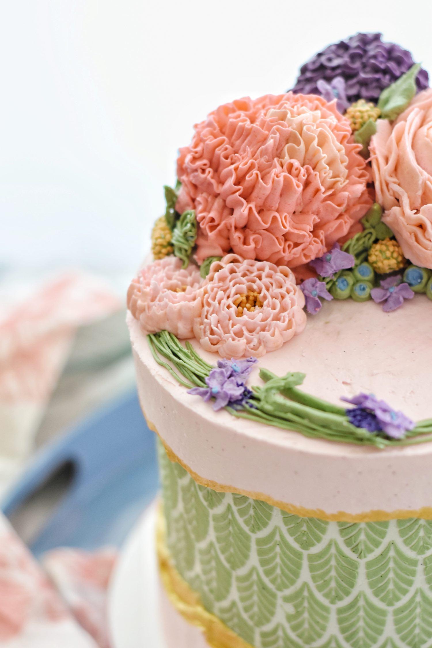 Stencils cake