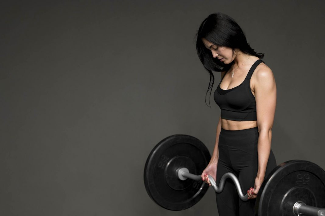 Women can benefit from learning to deadlift too